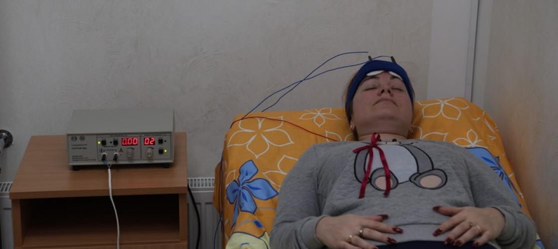 Electric sleep therapy